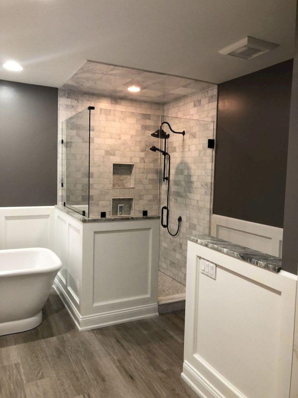 Beautiful Master Bathroom Design Ideas 32
