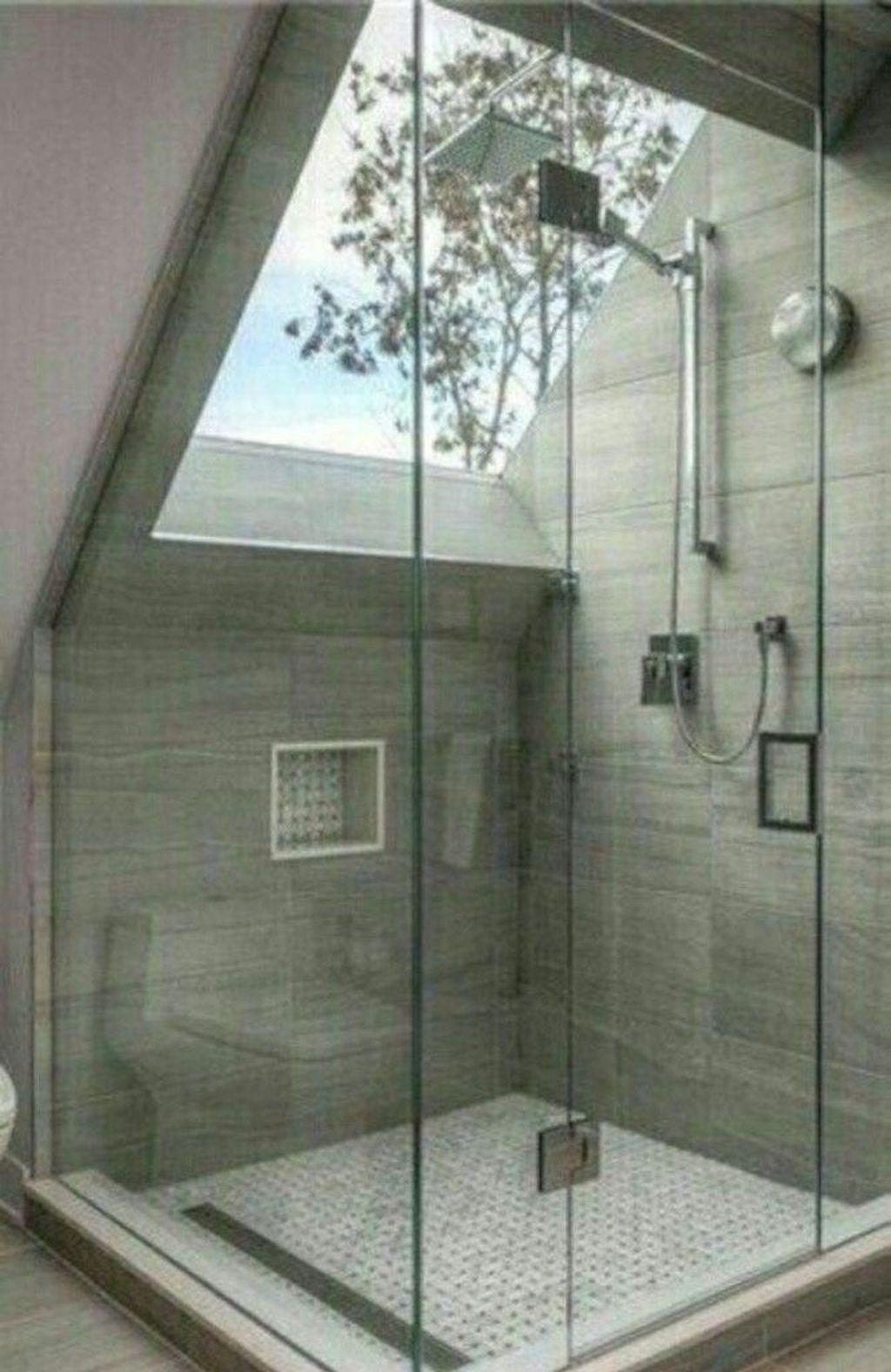 Beautiful Master Bathroom Design Ideas 35