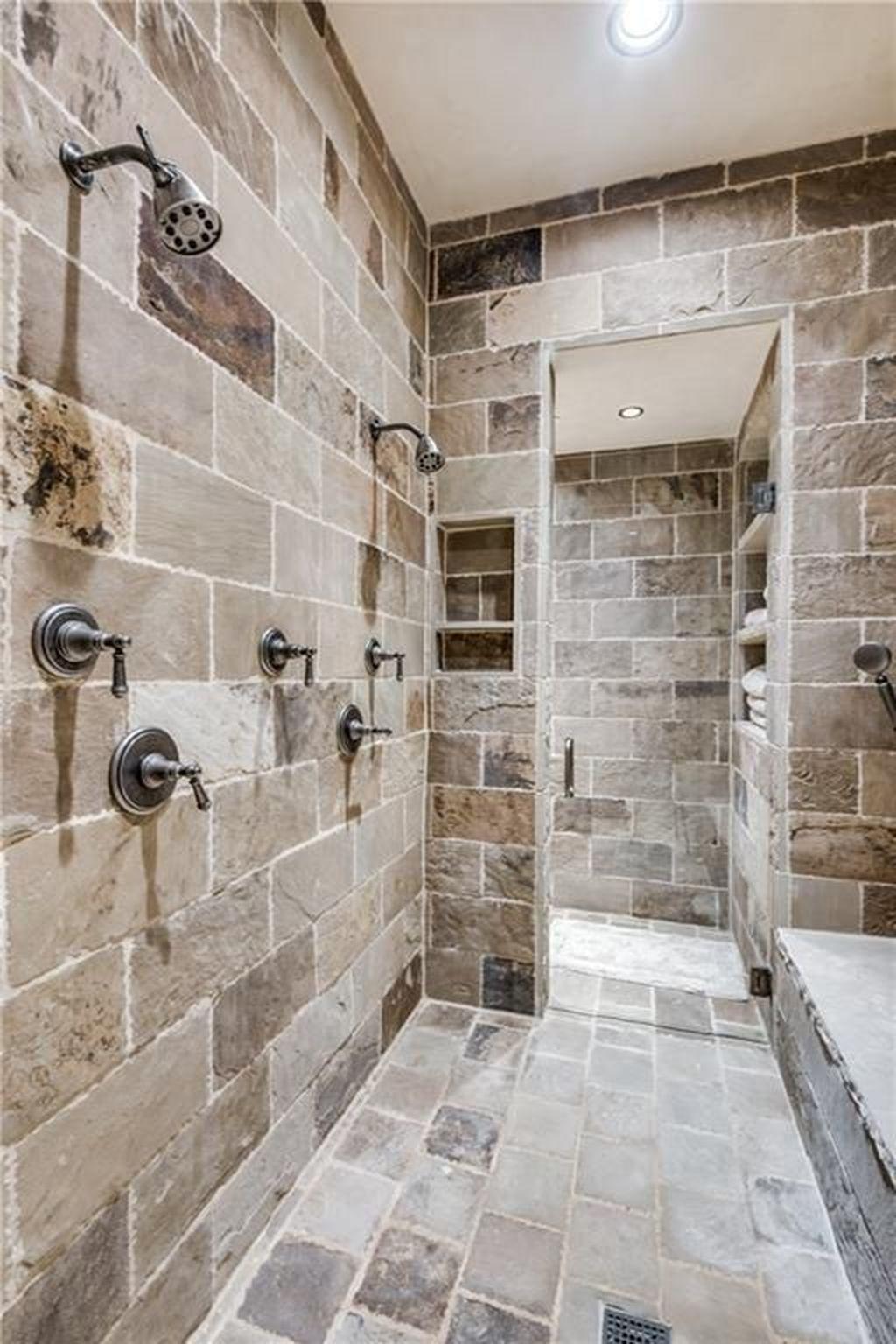 Beautiful Master Bathroom Design Ideas 38