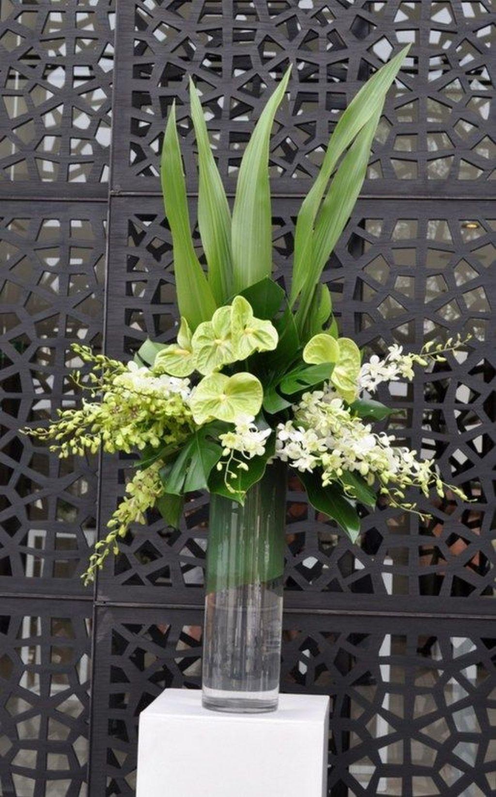 Beautiful Modern Flower Arrangements Design Ideas 18
