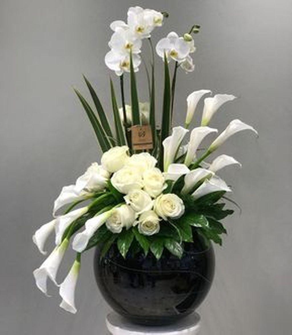 Beautiful Modern Flower Arrangements Design Ideas 23
