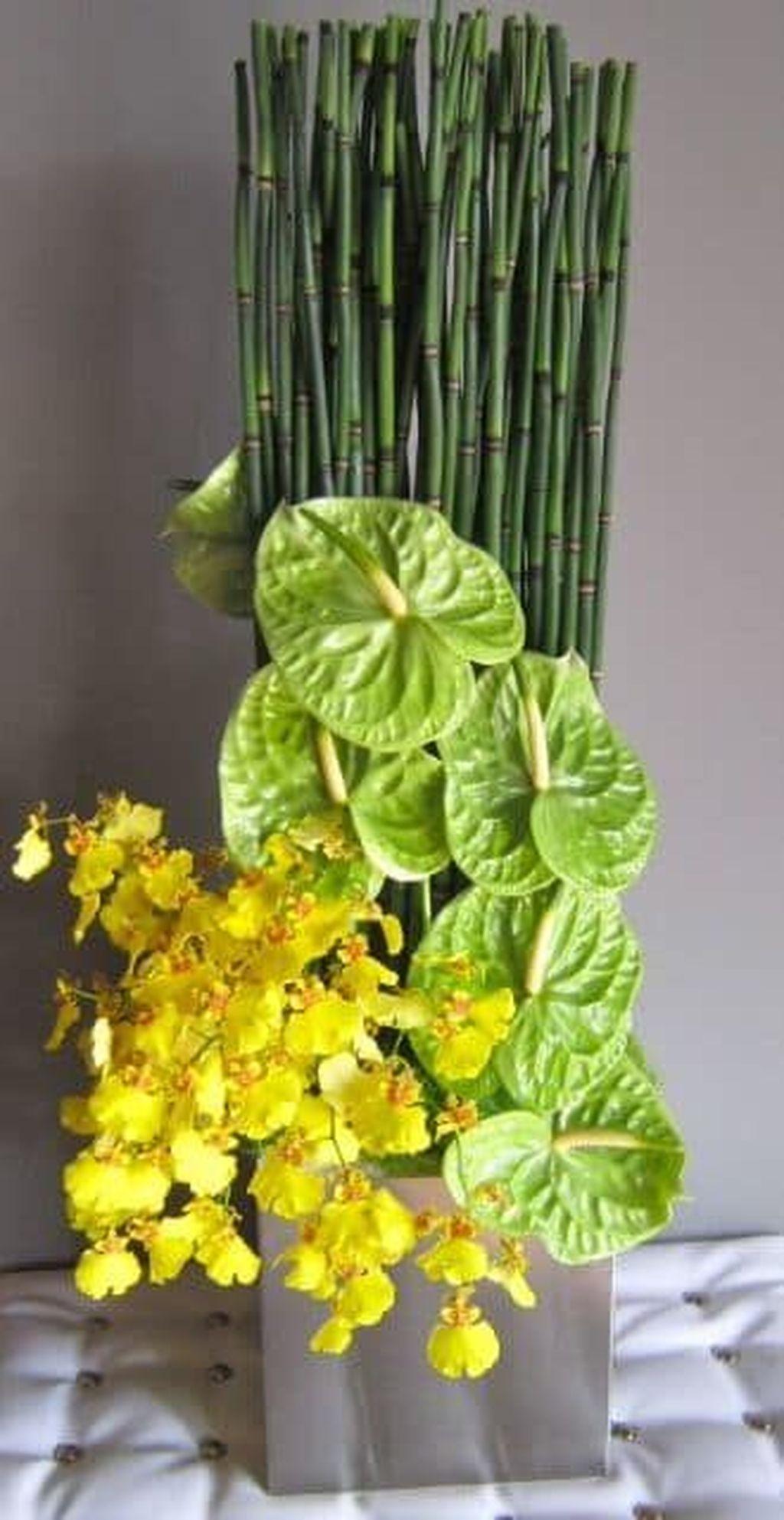 Beautiful Modern Flower Arrangements Design Ideas 25