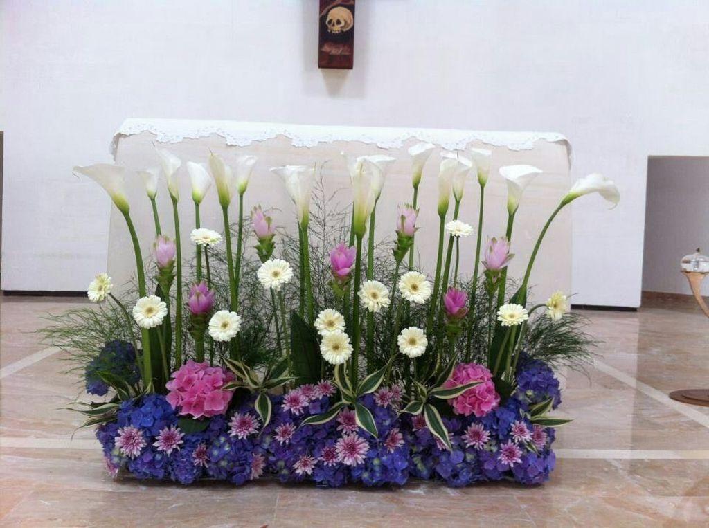 Beautiful Modern Flower Arrangements Design Ideas 27