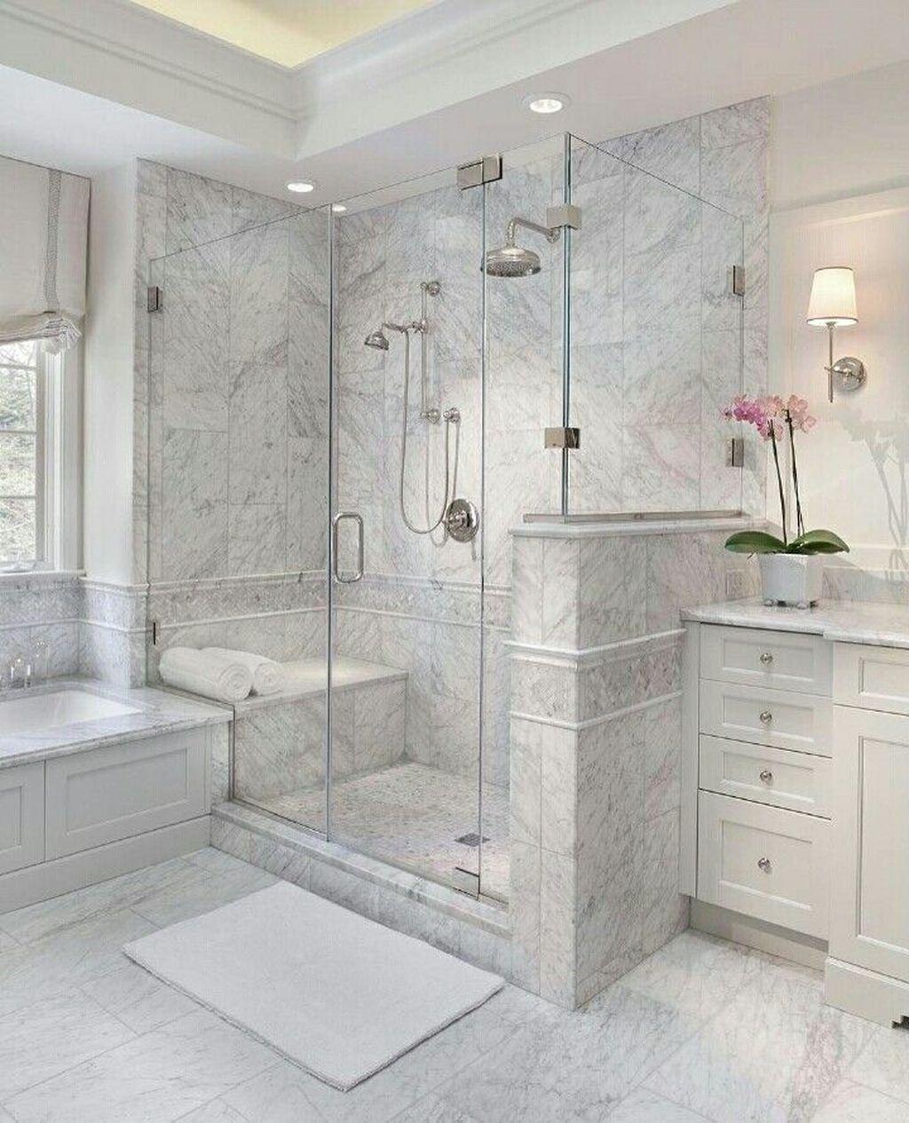 Fabulous Modern Master Bathroom Design Ideas 05