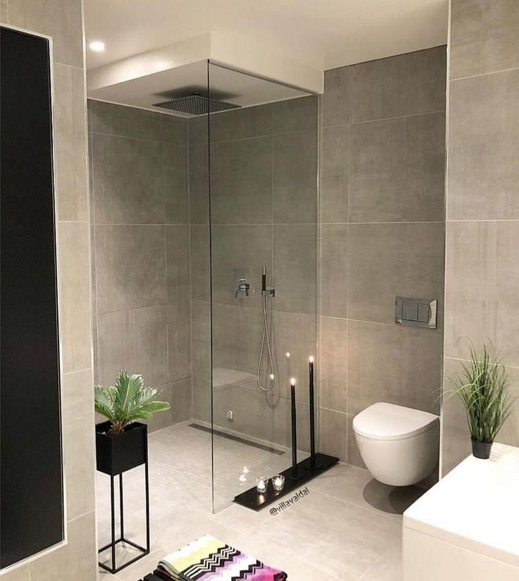 Fabulous Modern Master Bathroom Design Ideas 19