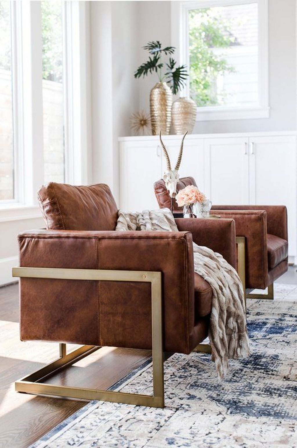 Gorgeous Comfy Chairs Design Ideas For Cozy Living Room 01