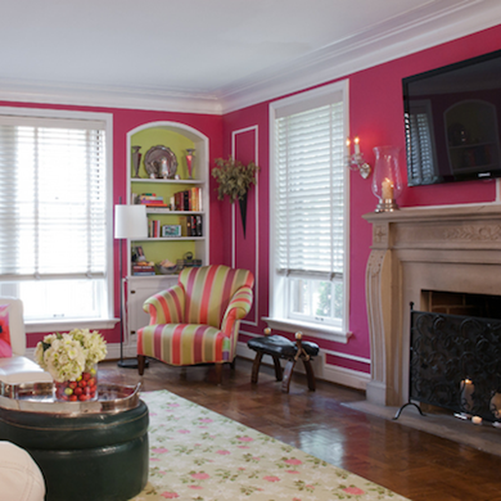 Gorgeous Pink Accent Living Room Decorating Ideas 10