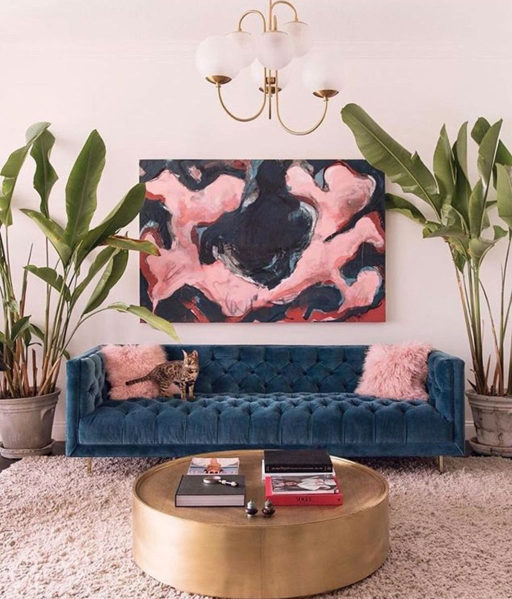 Gorgeous Pink Accent Living Room Decorating Ideas 15