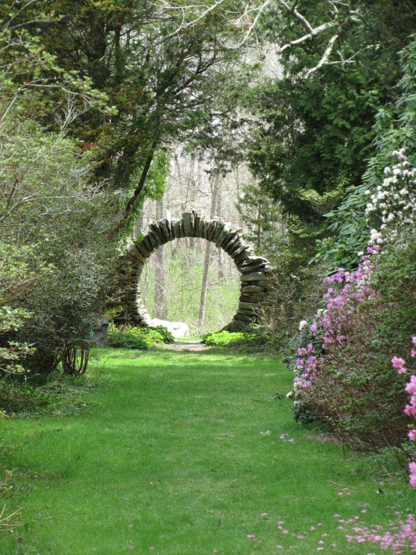 Incredible Heavenly Moon Gate Design Ideas 07