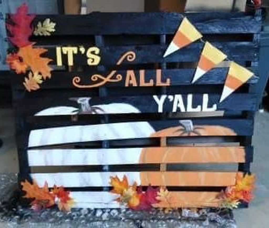 Inspiring Fall Pallet Signs Design Ideas For Your Home Decor 12