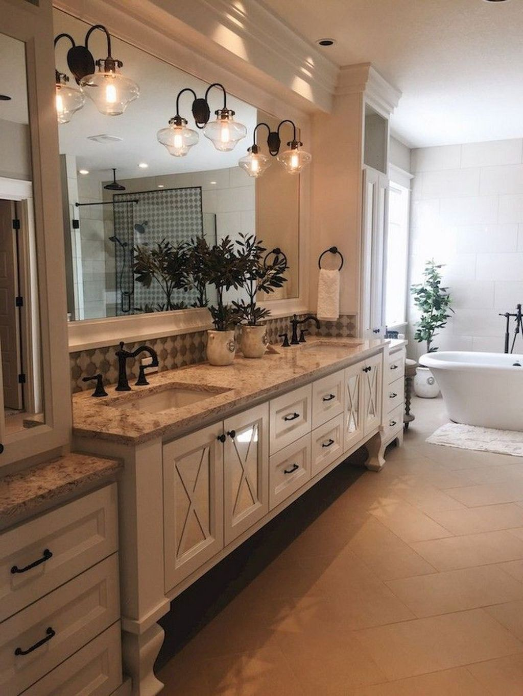 Inspiring Small Modern Farmhouse Bathroom Design Ideas 03