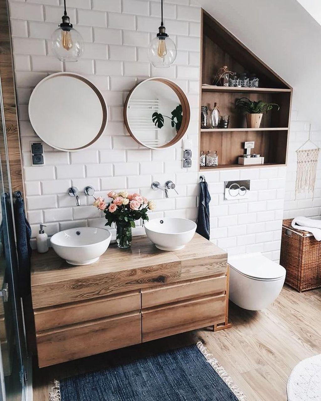Inspiring Small Modern Farmhouse Bathroom Design Ideas 29