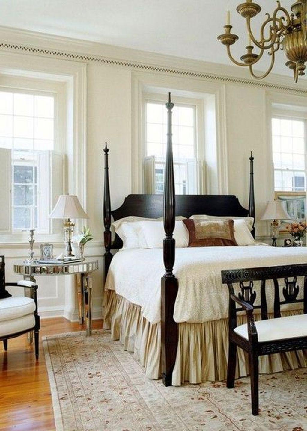 Inspiring Traditional Bedroom Decor Ideas 01