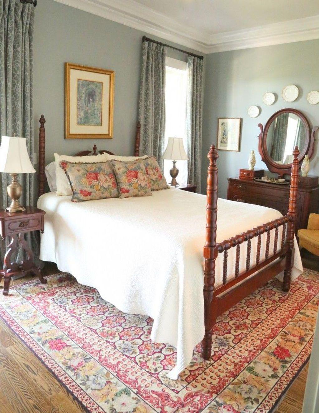 Inspiring Traditional Bedroom Decor Ideas 26