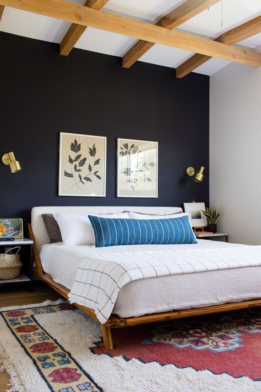 Lovely Eclectic Bedroom Decor Ideas 02