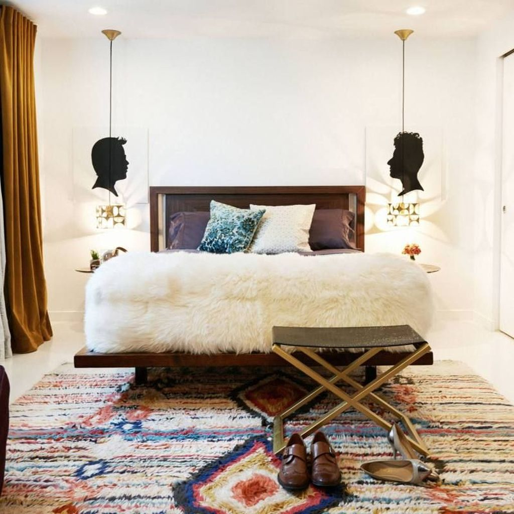 Lovely Eclectic Bedroom Decor Ideas 03