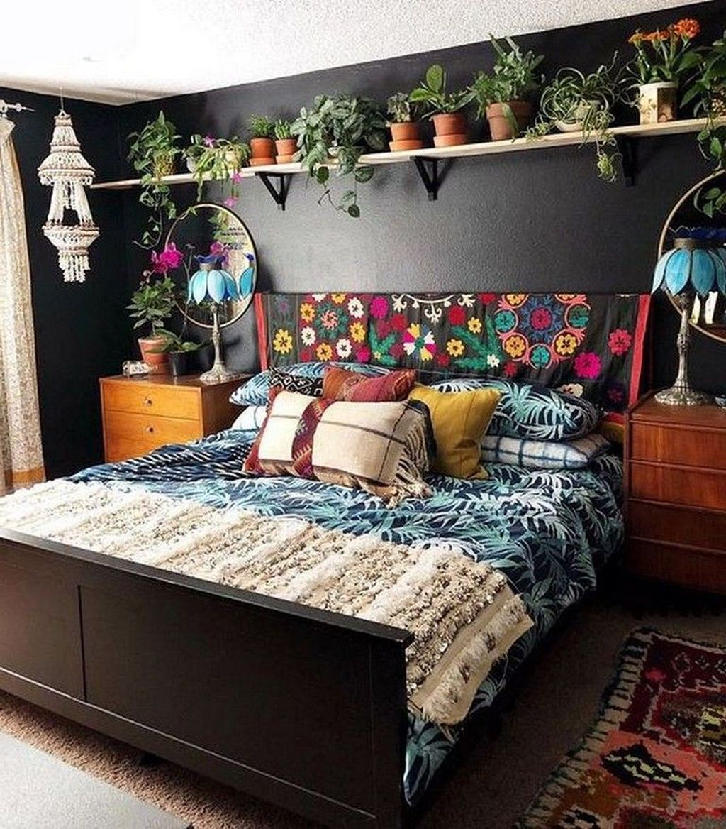 Lovely Eclectic Bedroom Decor Ideas 11