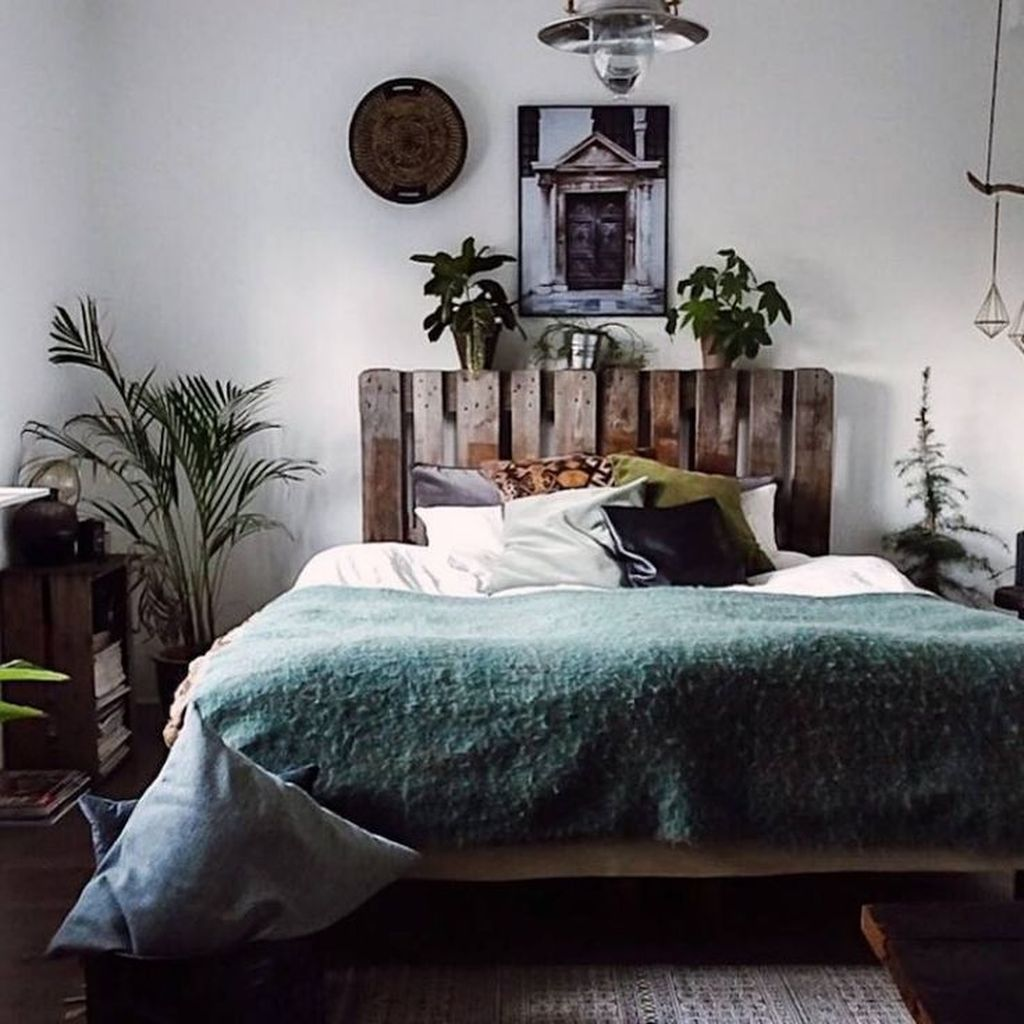 Lovely Eclectic Bedroom Decor Ideas 12