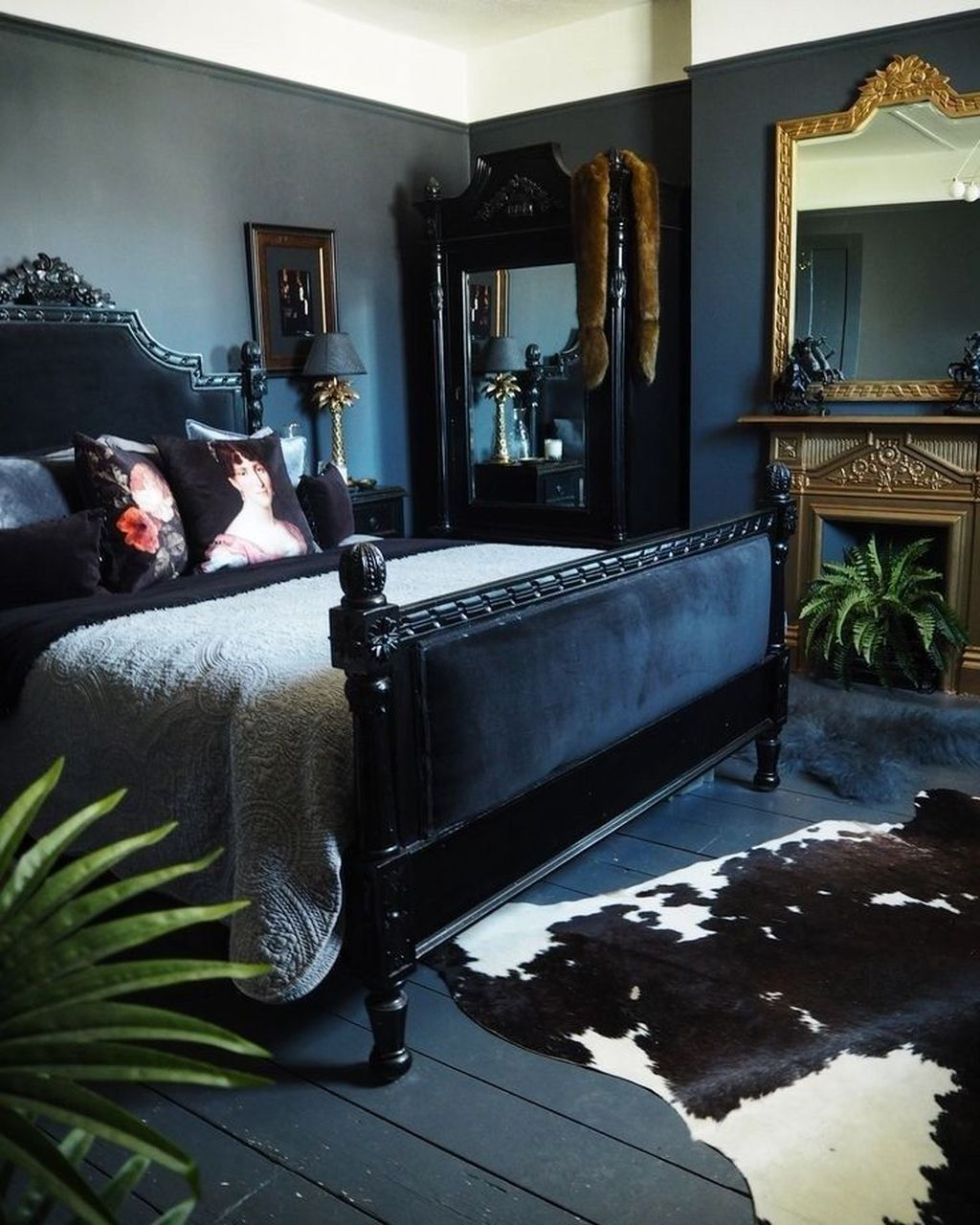 Lovely Eclectic Bedroom Decor Ideas 21