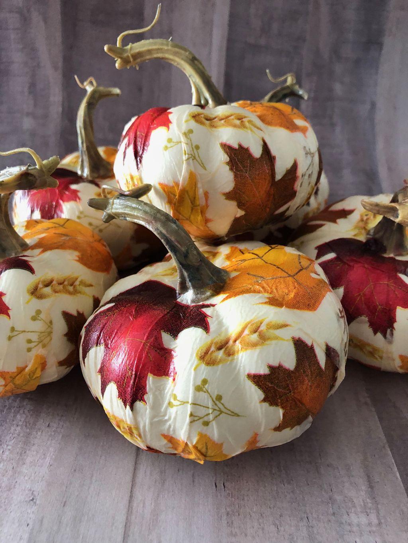 Lovely Fall Pumpkin Decor Ideas 06