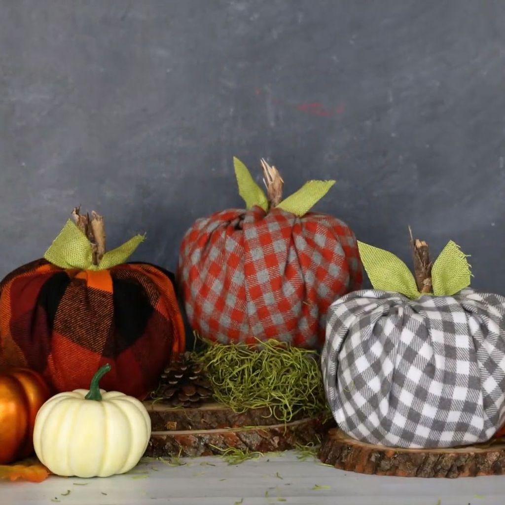 Lovely Fall Pumpkin Decor Ideas 29