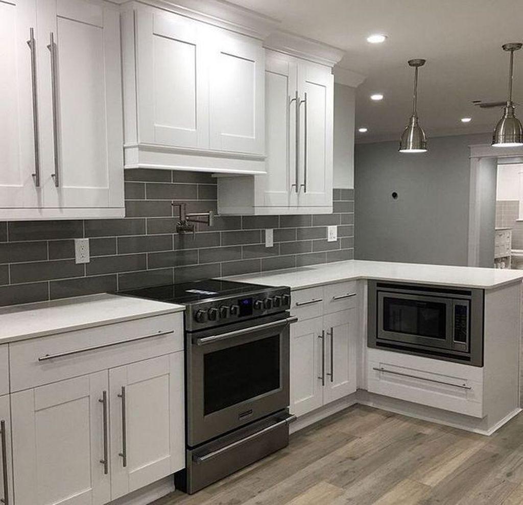 Lovely Grey White Kitchen Design Ideas 01