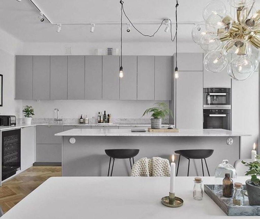 Lovely Grey White Kitchen Design Ideas 03
