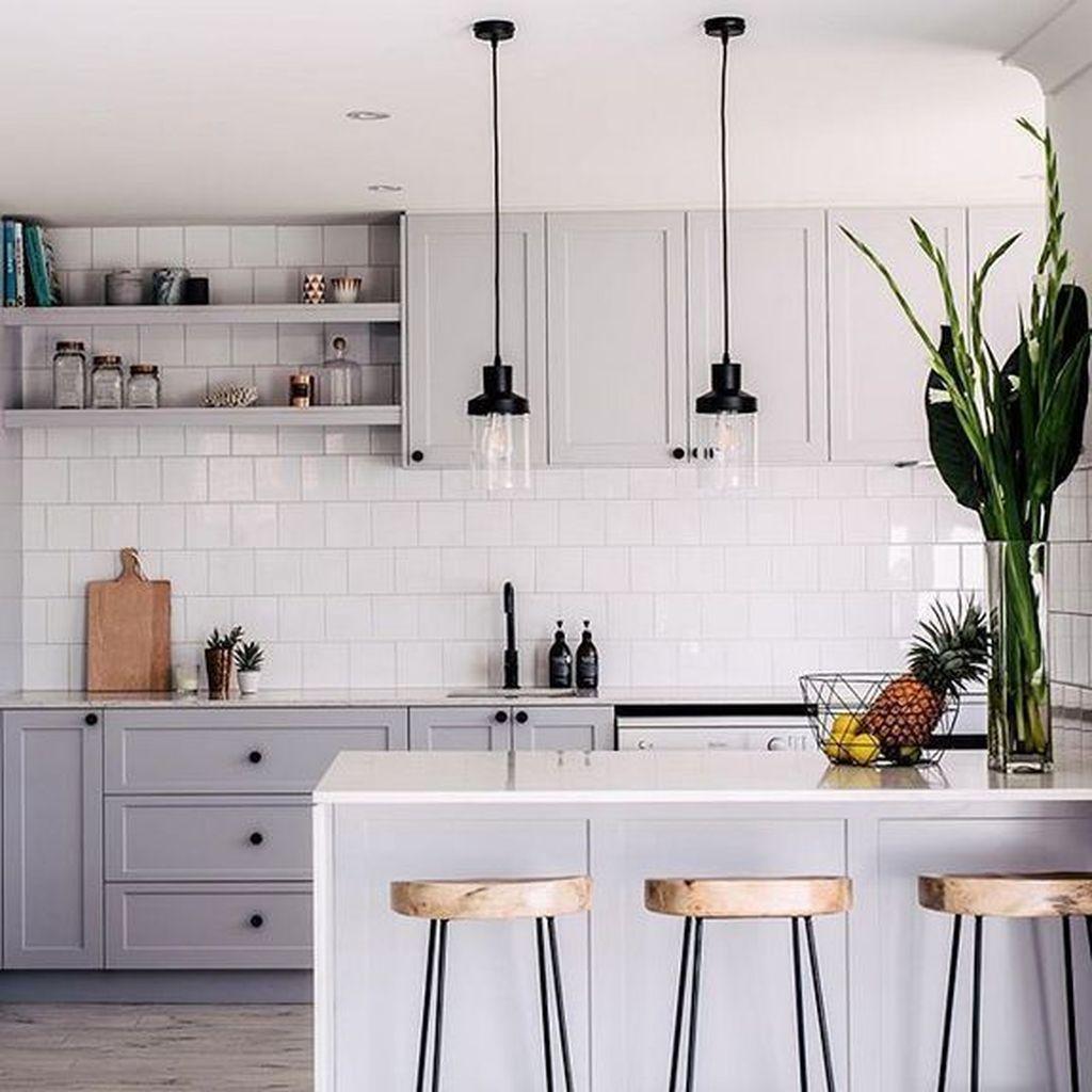 Lovely Grey White Kitchen Design Ideas 09