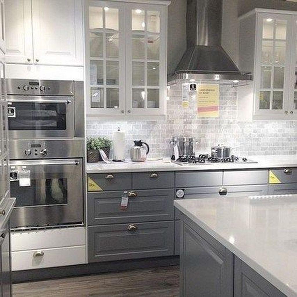 Lovely Grey White Kitchen Design Ideas 27