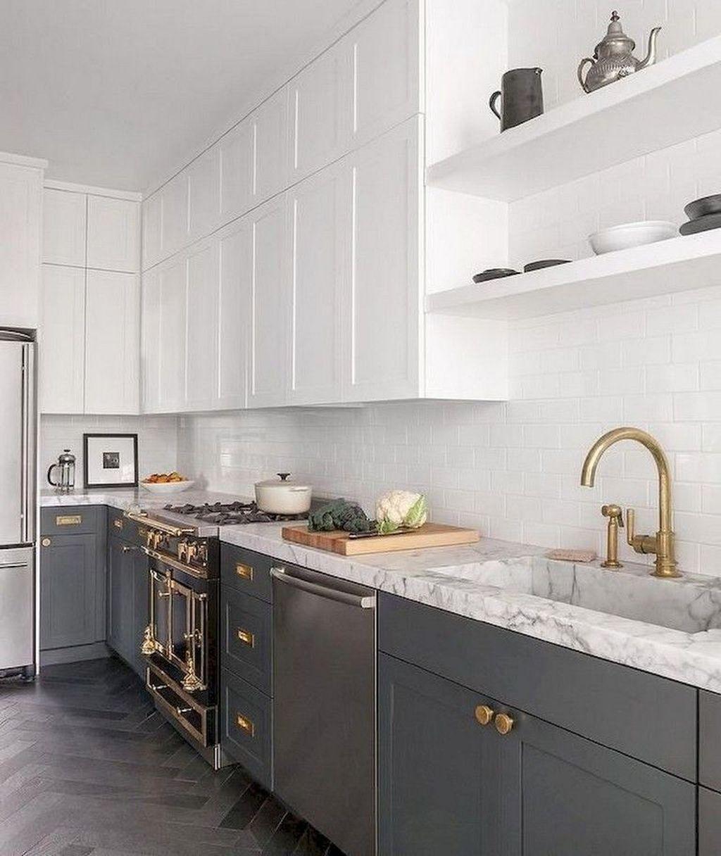 Lovely Grey White Kitchen Design Ideas 29