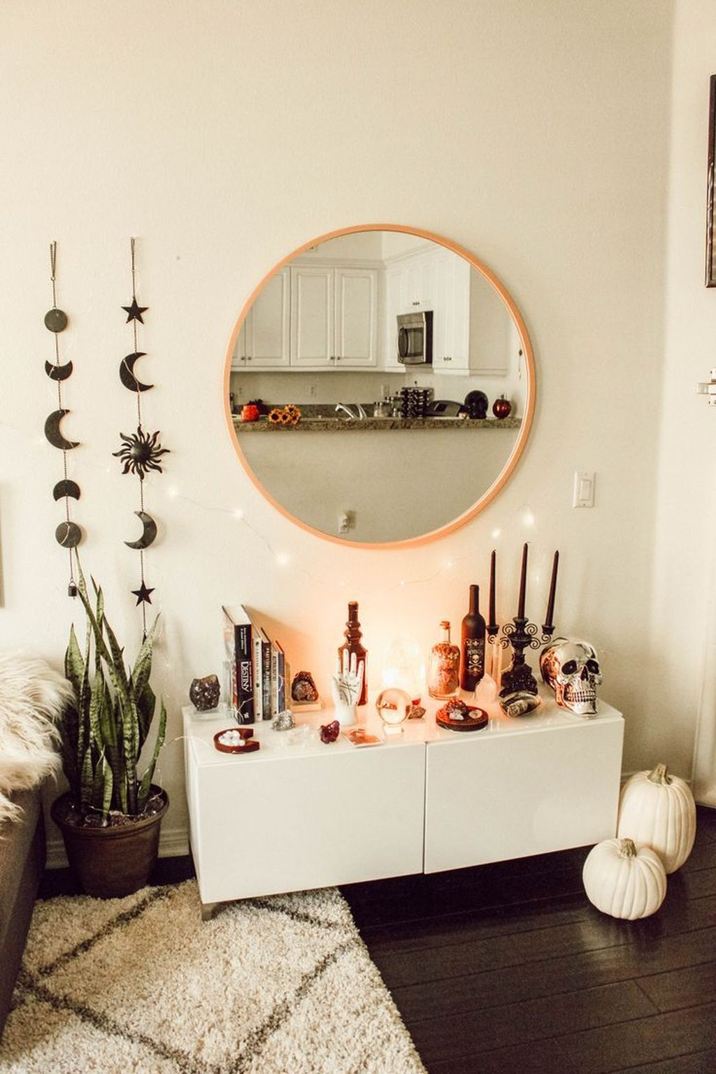Lovely Moon Decor Ideas For Beautiful Home Decoration 27