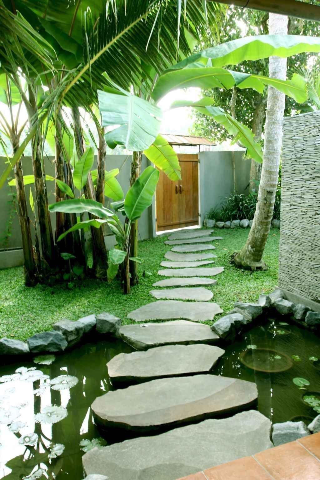 Lovely Tropical Garden Design Ideas 10