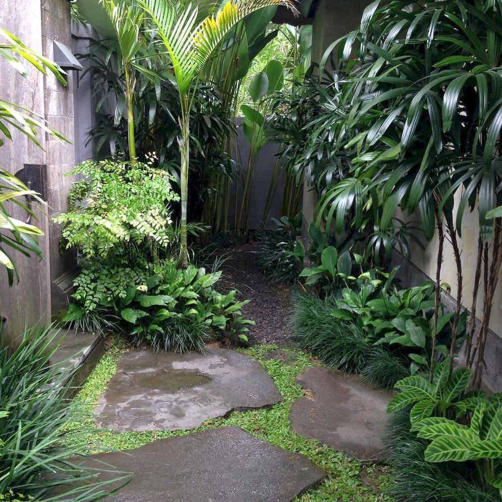 Lovely Tropical Garden Design Ideas 21
