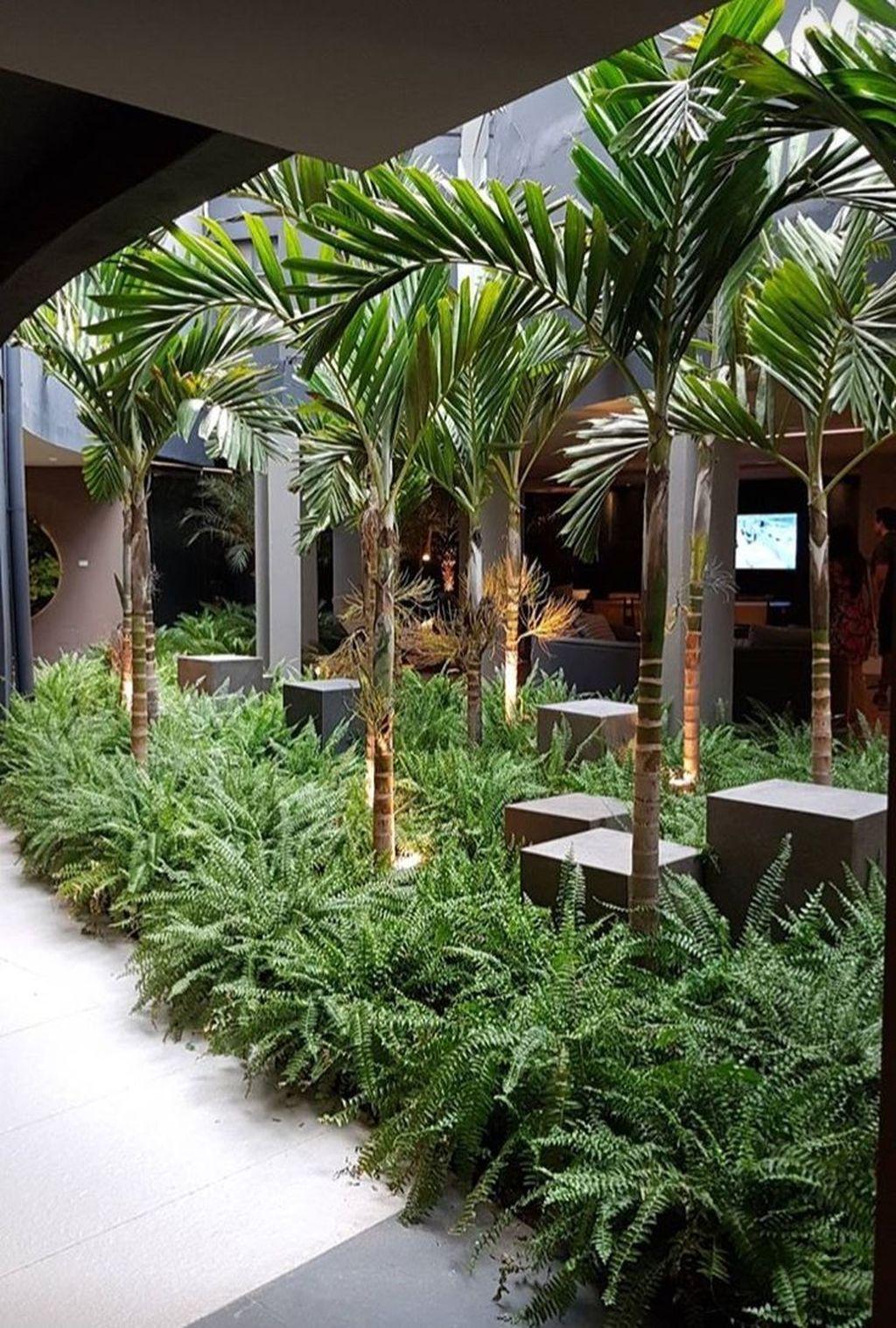 Lovely Tropical Garden Design Ideas 34
