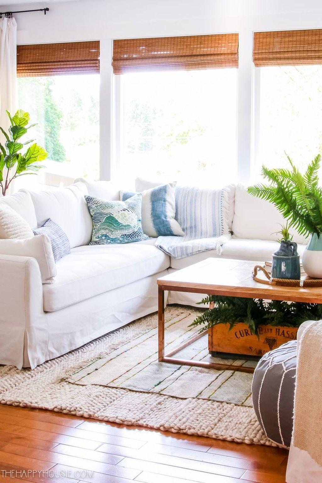 Nice Boho Farmhouse Design Ideas For Your Living Room Decoration 07