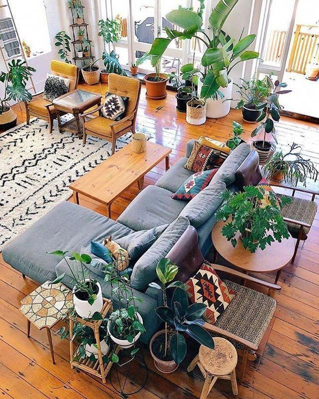 Nice Boho Farmhouse Design Ideas For Your Living Room Decoration 33