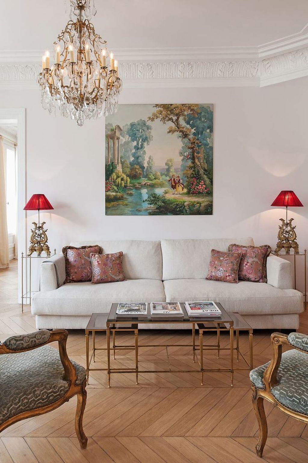 Nice Eclectic Parisian Home Decoration Ideas 34