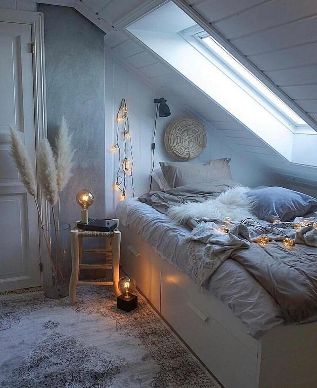 Nice Fall Bedroom Decor Ideas 03