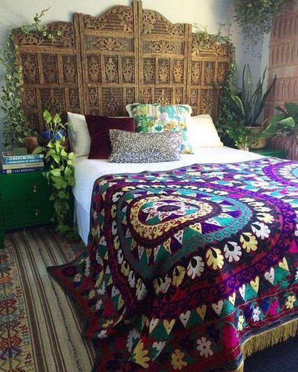 Nice Fall Bedroom Decor Ideas 06
