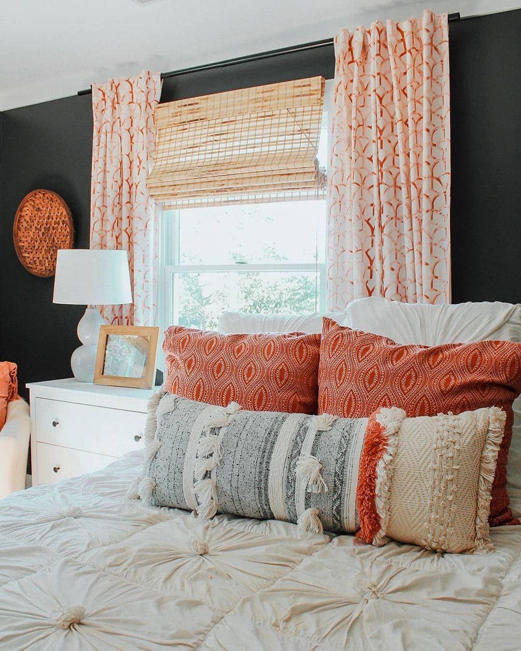 Nice Fall Bedroom Decor Ideas 21