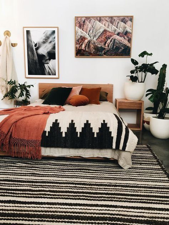Nice Fall Bedroom Decor Ideas 34
