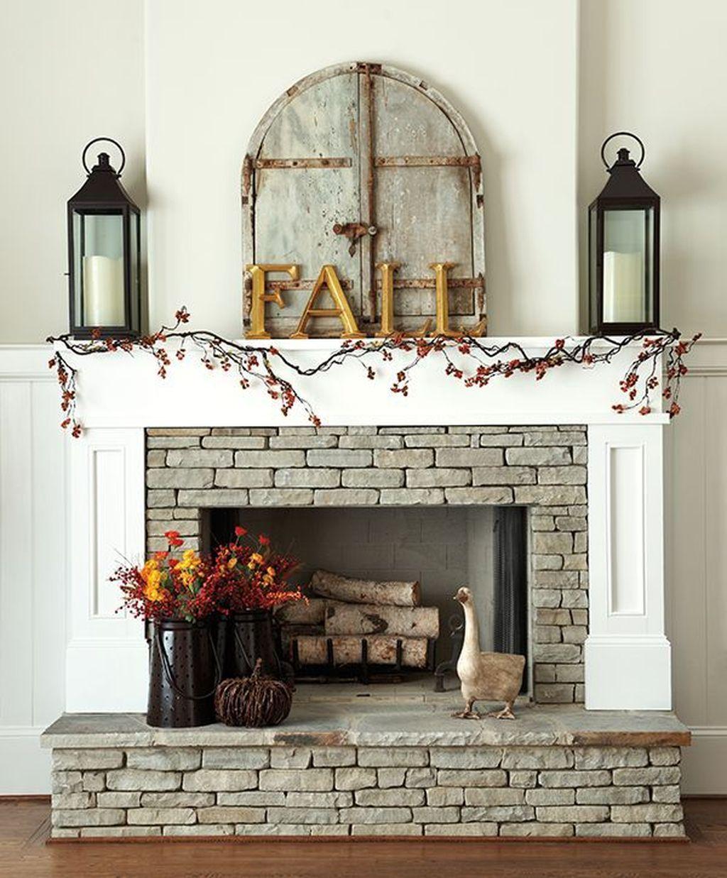 Popular Fall Fireplace Decoration Ideas 01
