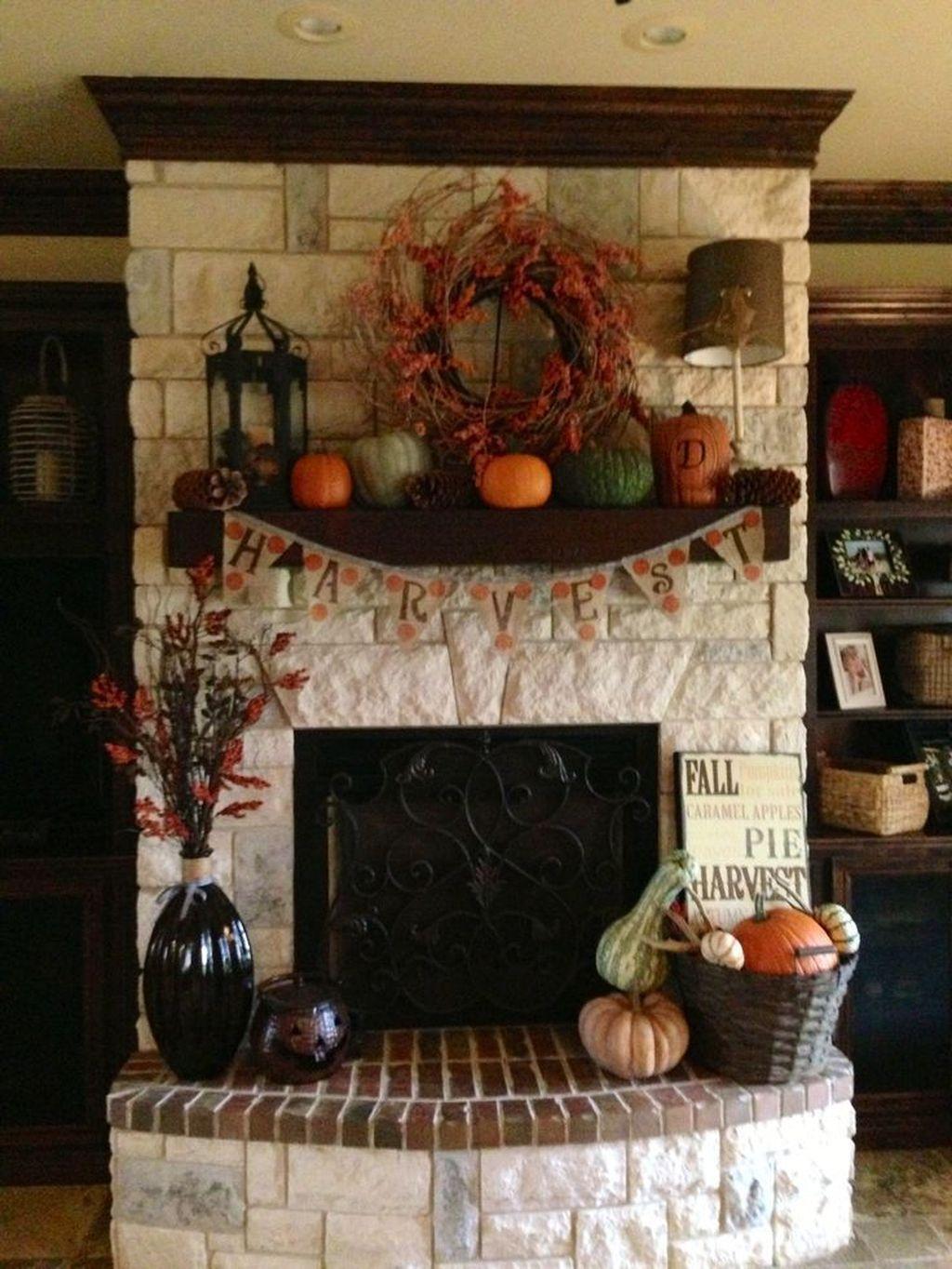 Popular Fall Fireplace Decoration Ideas 07