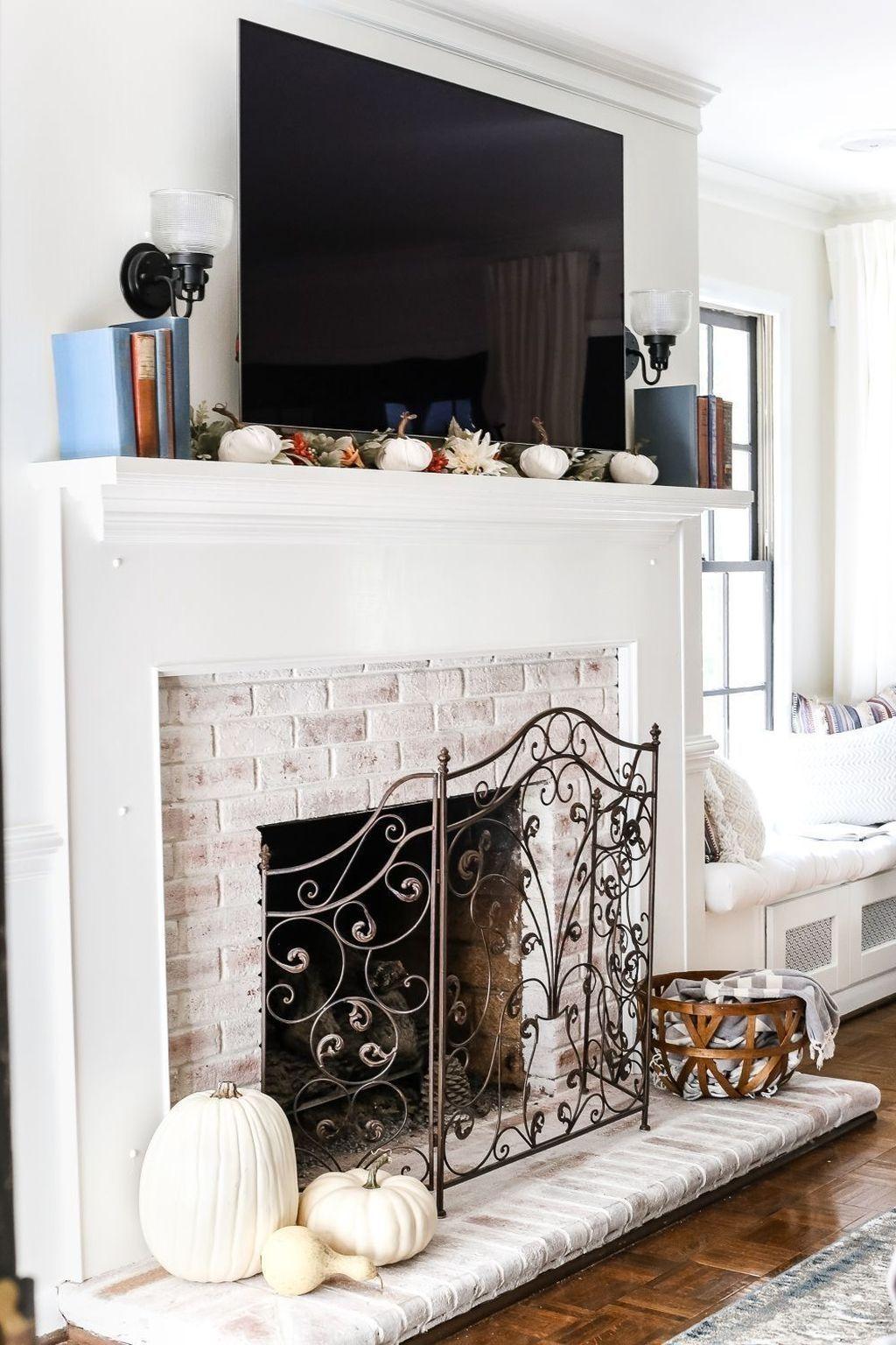 Popular Fall Fireplace Decoration Ideas 10
