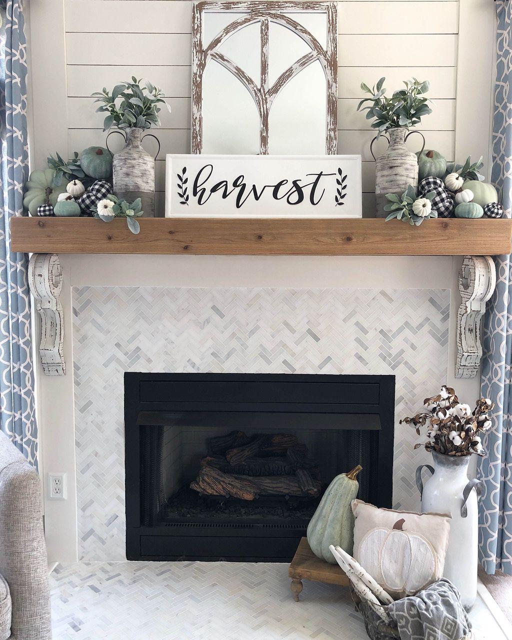 Popular Fall Fireplace Decoration Ideas 16