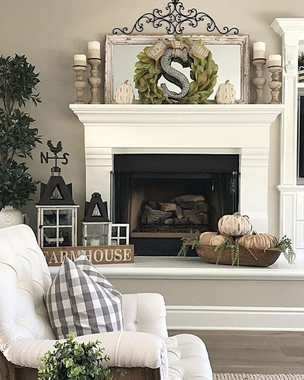 Popular Fall Fireplace Decoration Ideas 23