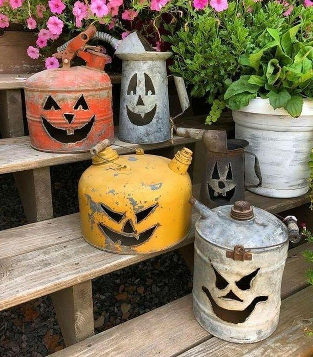 Popular Halloween Pumpkin Design Ideas 11