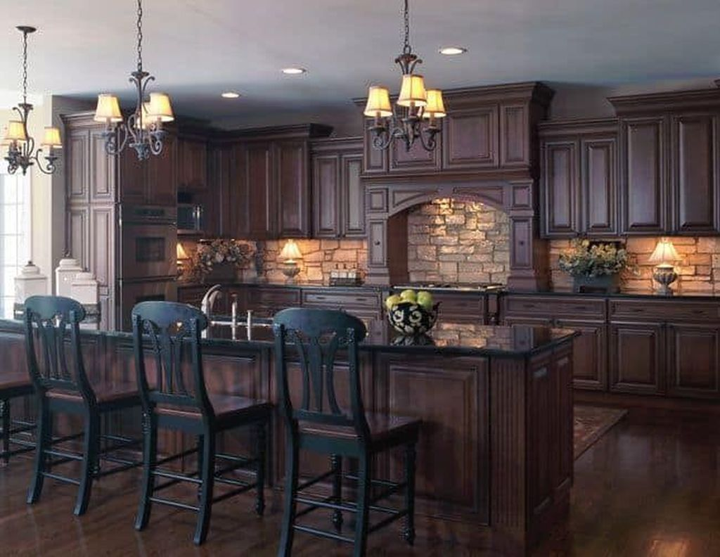 Popular Traditional Kitchen Design Ideas 02