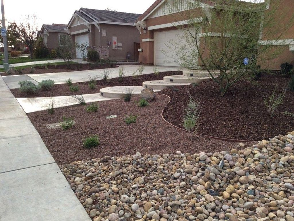 Popular Xeriscape Landscape Ideas For Your Front Yard 33