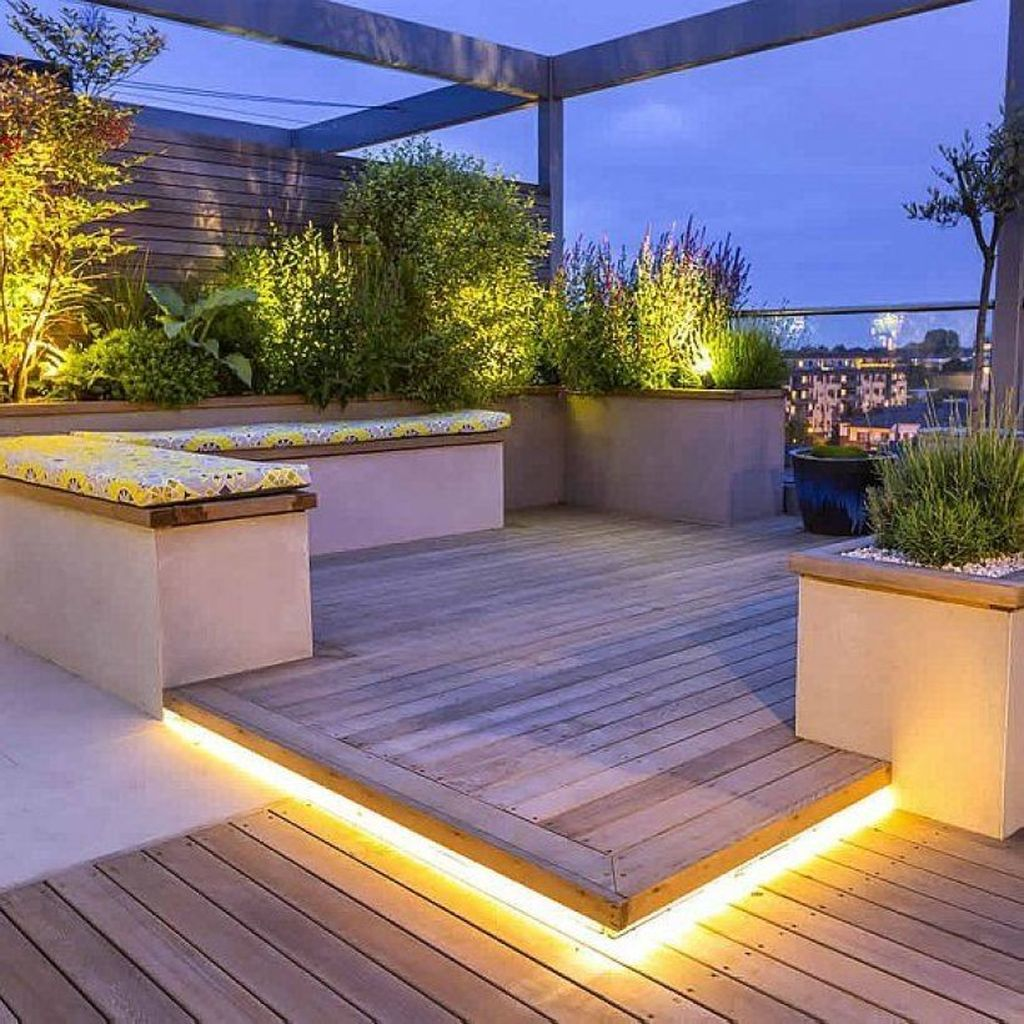 Stunning Apartment Garden Design Ideas 09